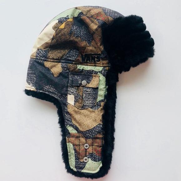 d306c88760 Vintage Vans Camo Winter Snow Hat Beanie. M 5b81aaf7f30369c7d996d67e